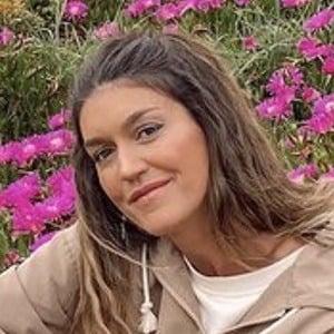 Cristina Cerqueiras Headshot 6 of 10