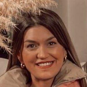 Cristina Cerqueiras Headshot 10 of 10