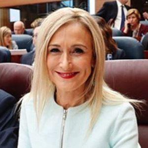Cristina Cifuentes 5 of 6