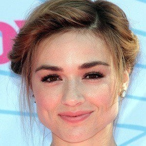 Crystal Reed 5 of 10