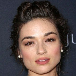 Crystal Reed 6 of 10