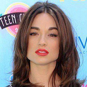 Crystal Reed 10 of 10