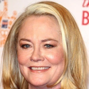 Cybill Shepherd 6 of 9