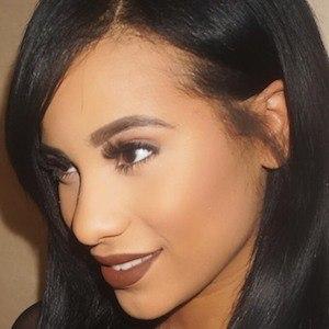 Cyn Santana 5 of 9