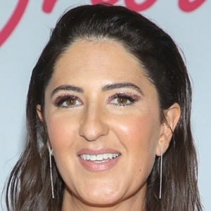 D'Arcy Carden 7 of 10
