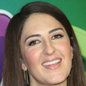 D'Arcy Carden 8 of 10