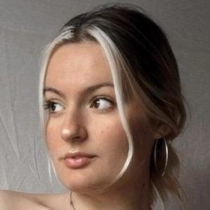 Daiana Mendel Headshot 8 of 10