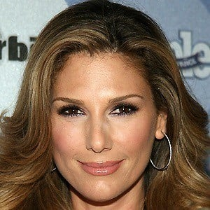 Daisy Fuentes 4 of 10