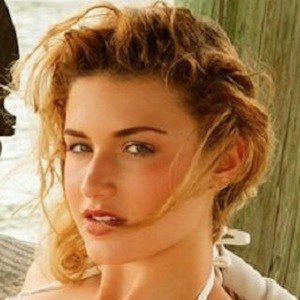 Daisy Mancini 5 of 9