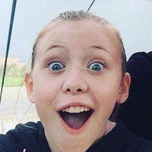 Dakota Guppy 3 of 7