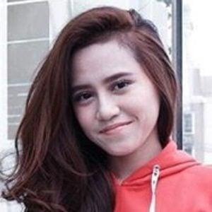 Dalillah Nur Hasanah 3 of 6