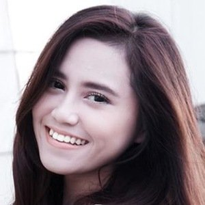 Dalillah Nur Hasanah 4 of 6