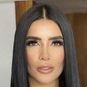 Dania Méndez 8 of 10