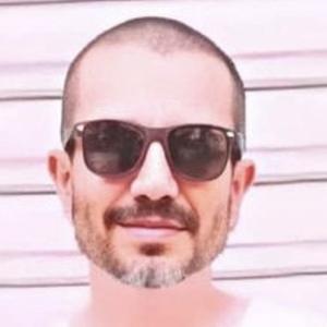 Daniel Barverán Headshot 6 of 10