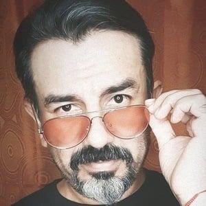 Daniel Barverán Headshot 9 of 10