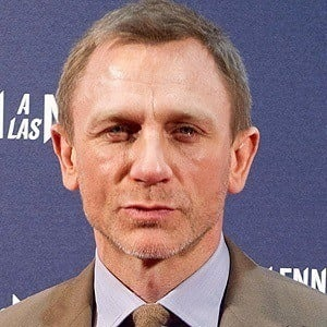 Daniel Craig 2 of 10