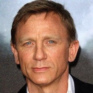 Daniel Craig 3 of 10