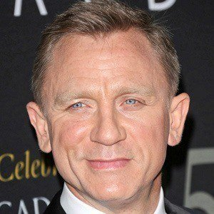 Daniel Craig 4 of 10