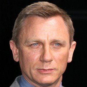 Daniel Craig - Bio, Facts, Family | Famous Birthdays  Daniel Craig