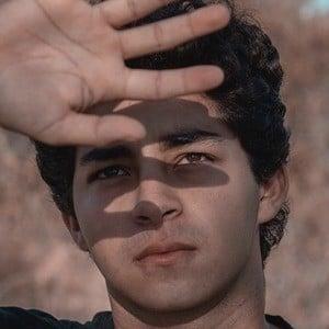 Daniel Khosravi Headshot 6 of 10