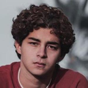 Daniel Khosravi Headshot 10 of 10