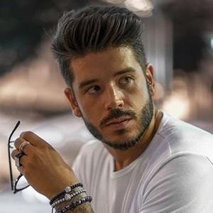 Daniel Pinheiro 2 of 6