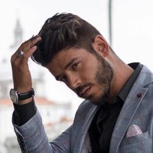 Daniel Pinheiro 3 of 6