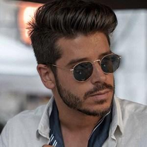 Daniel Pinheiro 4 of 6