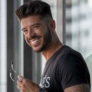 Daniel Pinheiro 5 of 6