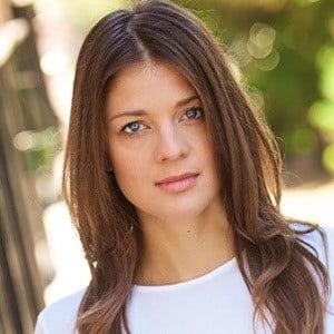 Daniela Aita 4 of 5