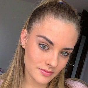Daniela Arango 3 of 6