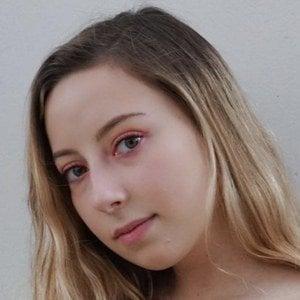 Daniela Arredondo Headshot 7 of 10
