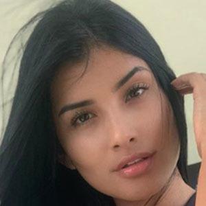 Daniela Duque 3 of 5