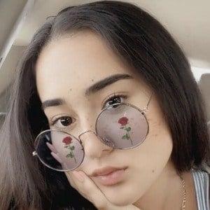 Daniela Garces Headshot 3 of 10