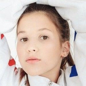 Daniela Golubeva 5 of 8