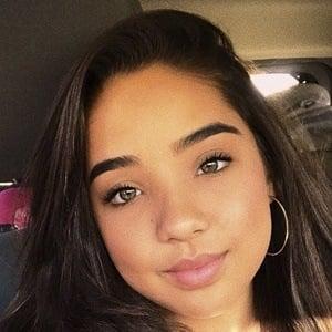 Daniela Knight 9 of 10
