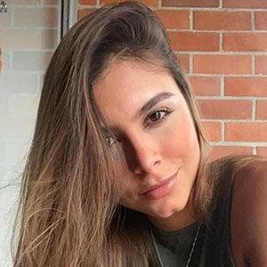 Daniela Medina 2 of 5