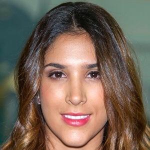 Daniela Ospina 3 of 4
