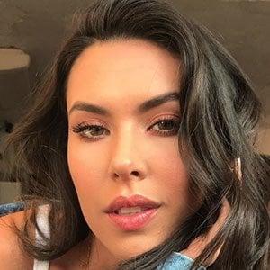 Daniela Salazar C. 3 of 5