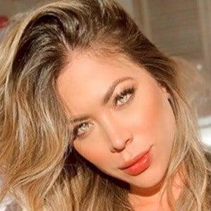 Daniela Tamayo 2 of 5