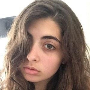 Daniella Levin 7 of 8