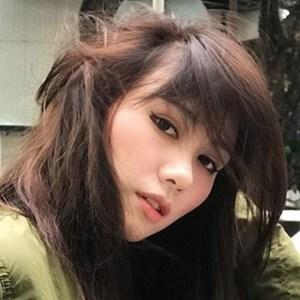 Daniella Sya 3 of 6