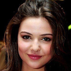 Danielle Campbell 3 of 9