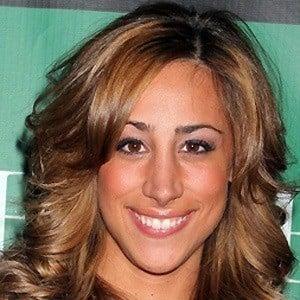 Danielle Jonas 4 of 4