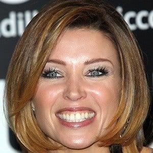 Dannii Minogue 2 of 9