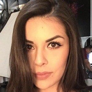 Danya Villalobos 4 of 6