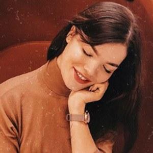 Daria Artemieva 4 of 5