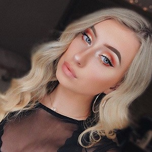 Daria Young 2 of 6