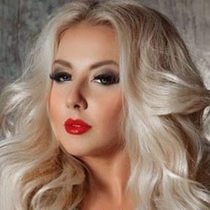 Darina Konstantinova 4 of 6