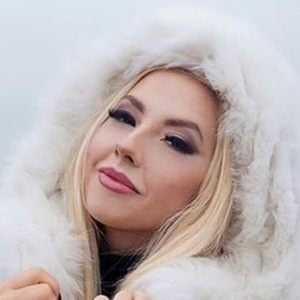 Darina Konstantinova 6 of 6